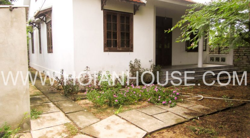 5 BRD HOUSE FOR RENT IN RIVER VIEW IN HOI AN 04
